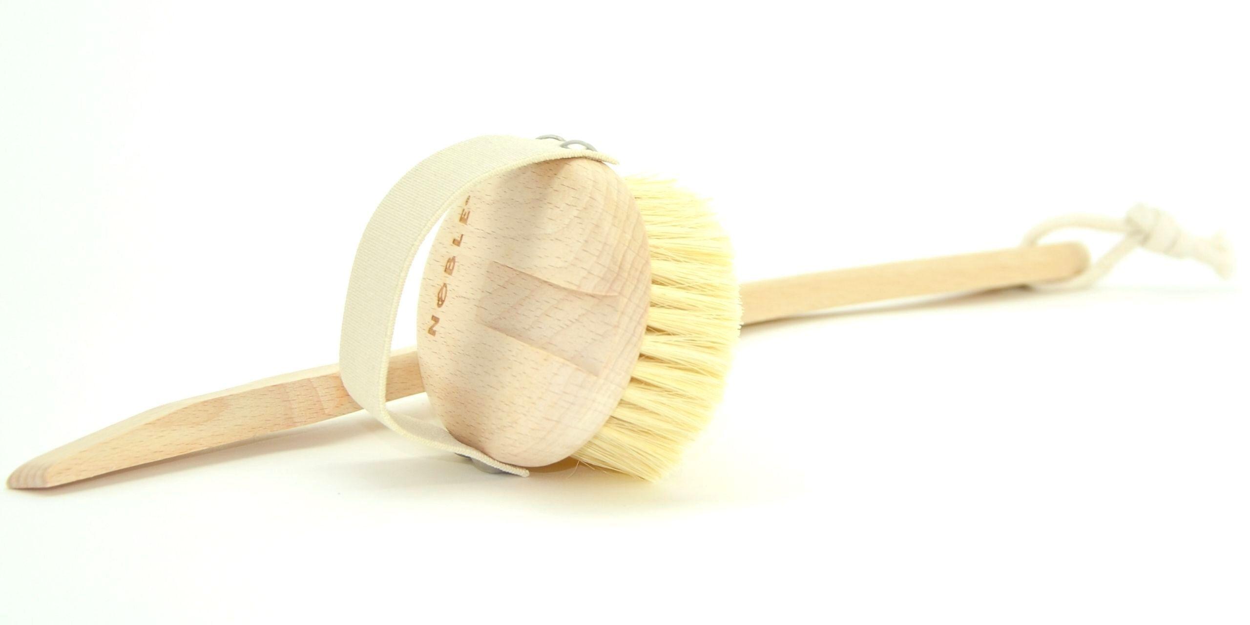szczotka do masażu na sucho z rączką