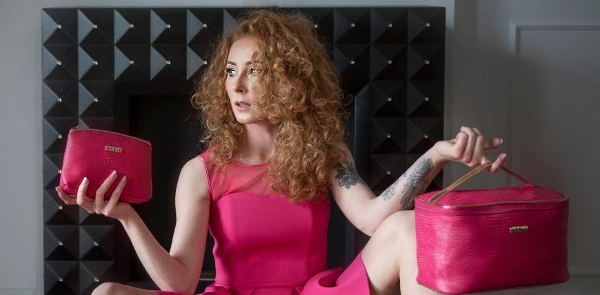 Różowe kosmetyczki damskie kolekcja Pink Noble